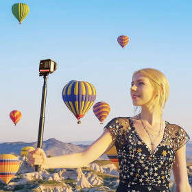 Panasonic Lumix DMC-FZ300 + Batterie + carte SD 16Go